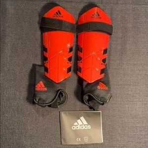 🛍3/$35🛍 BNIB Adidas Soccer Shin Pads